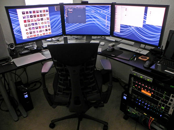 Stefan Didak's new second home office, in the setup stages