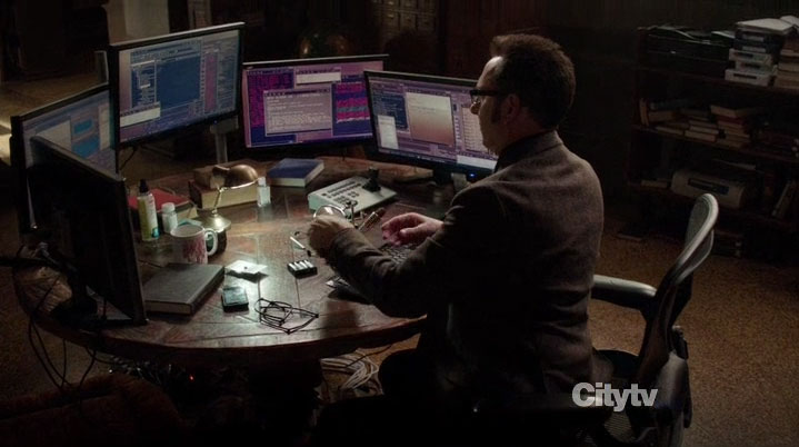 The crazy multi-monitor setup from Person Of Interest